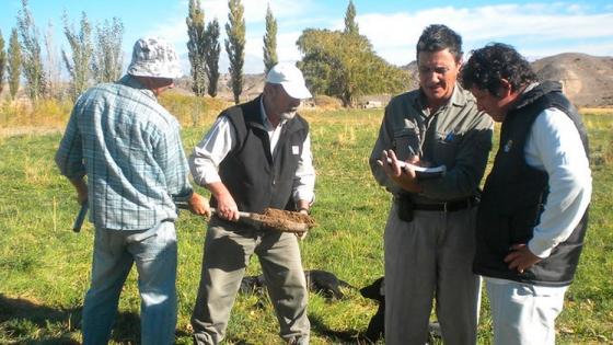 Estudian la aptitud de los valles de Tulum y Calingasta para producir pistacho, almendro y nogal