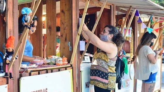 Feria de artesanos, una oportunidad para vivir y estudiar