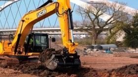 Excavadora JS220LC