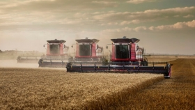 """La inteligencia artificial llegó a las cosechadoras: Ahora es posible elegir cuatro """"combos"""" automatizados"""