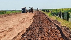 Caminos Rurales: en Córdoba ya tienen sus firmas dos proyectos por más de $150 millones