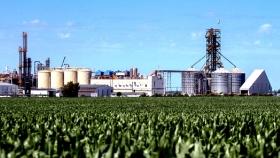 Remarcan la necesidad de industrializar productos del agro