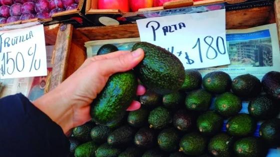 Por moda gastronómica, la palta es la fruta top de las verdulerías porteñas