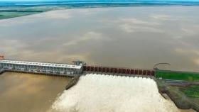 En Yacyretá aún es deficitario el caudal de agua