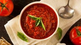 Salsa de tomates en tu mesa