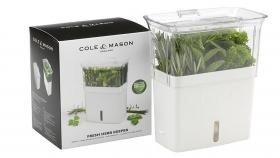 """Contenedor de riego automático, el nuevo """"milagro"""" para alargar la vida de tus hierbas en la heladera"""