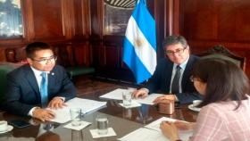 Argentina y China evalúan inversión en energía hidroeléctrica