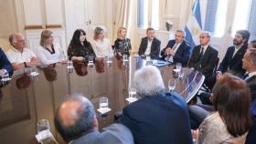 El presidente Alberto Fernández recibió a legisladores e intendentes de Córdoba