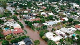 Por las inundaciones, movieron más de 2.000 metros cúbicos de tierra en María Susana