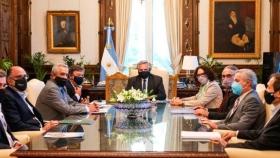 Fernández a la dirigencia del campo: No habrá aumento de retenciones ni intervención en los mercados