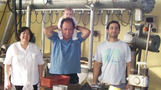 La familia Pizarro: Tres generaciones unidas por el tradicional dulce de membrillo rubio de San Juan