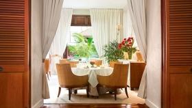 Hotel de lujo en Hawái sirve un té súper exclusivo cosechado de las laderas de un volcán