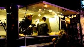 Food trucks rosarinos proponen crear parques de comida