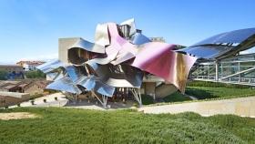 Hotel Marqués de Riscal: tradición vitivinícola española, vanguardismo y tecnología