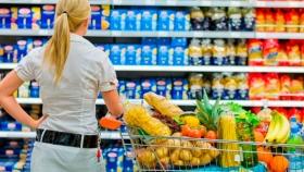 Las ventas en los supermercados retrocedieron 2,3%