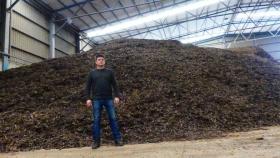 De pienso para animales a sirope, la transformación de la algarroba de la mano de una empresa de Cartagena