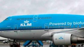 Boeing se compromete a que sus aviones comerciales estarán homologados para volar utilizando 100% biocombustibles antes 2030
