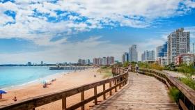 Uruguay se prepara para reactivar el turismo