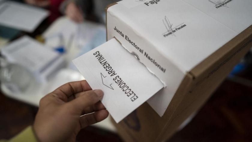 Elecciones PASO: la oposición se impone en 15 provincias