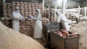 El gobierno convocó a la industria alimenticia, a los supermercados y a empresas del agro a negociar precios