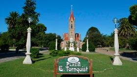 El ministro Costa y funcionarios de turismo recorrieron emprendimientos productivos de Tornquist