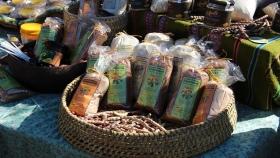 El INTA impulsa proyecto local del fruto de algarrobo