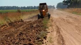 Kicillof anunció un plan de obras para mejorar más de 1500 kilómetros de caminos rurales