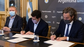 """Firman un acuerdo con ARSAT para conectar centros fronterizos: """"Impulsará el crecimiento de economías regionales"""